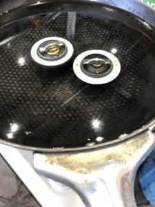 サーモスタットを熱湯で加熱